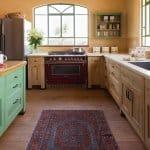 מטבח מעץ כפרי בצבע ירוק