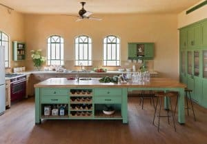 מטבח כפרי ירוק
