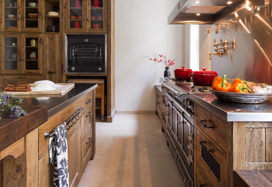בחירת מכשירי חשמל עבור המטבח הכפרי