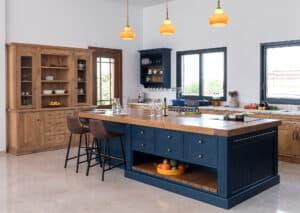 מטבח כפרי כחול